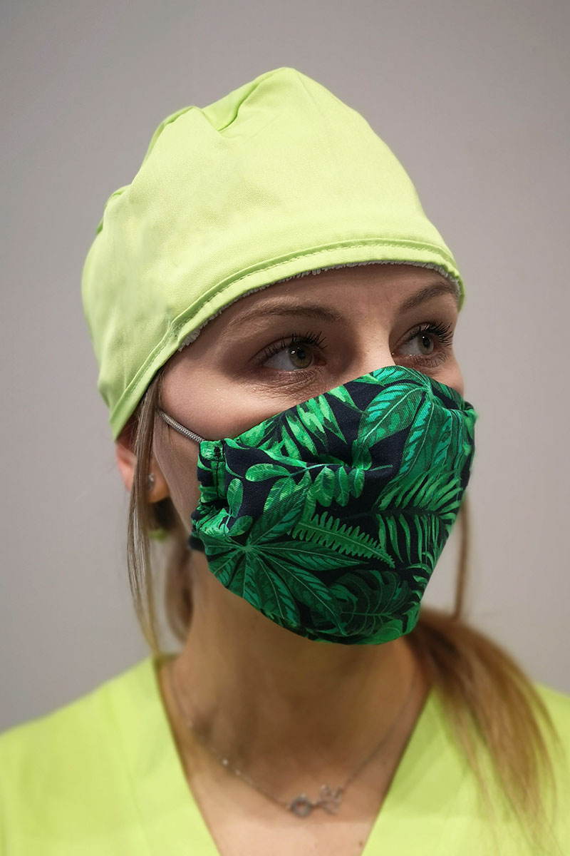 Ochranná rouška pro opakované použití se stříbrnými ionty, 2 vrstvá, 100% bavlna, vzor: zelené listky